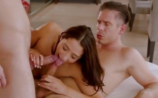 Avi Love gets double penetrated and blows two giant dicks