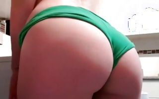 Breathtaking young girlfriend showing big round booty
