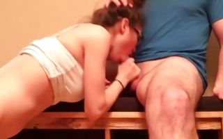 Teen babe riding his cock and gives him a blowjob