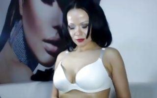 Glamorous bitch with big saggy tits masturbates solo webcam